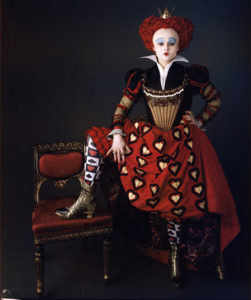 Stunning Queen Of Hearts Halloween Costumes From Alice in Wonderland